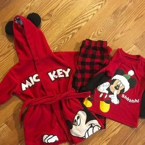 Disney Mickey Mouse pajama and robe set